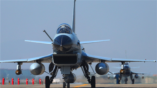 J-10 fighter jets hit ground targets